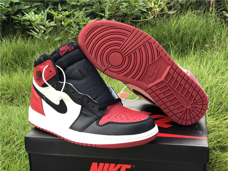 jordan 1 retro high og bred toe shoes