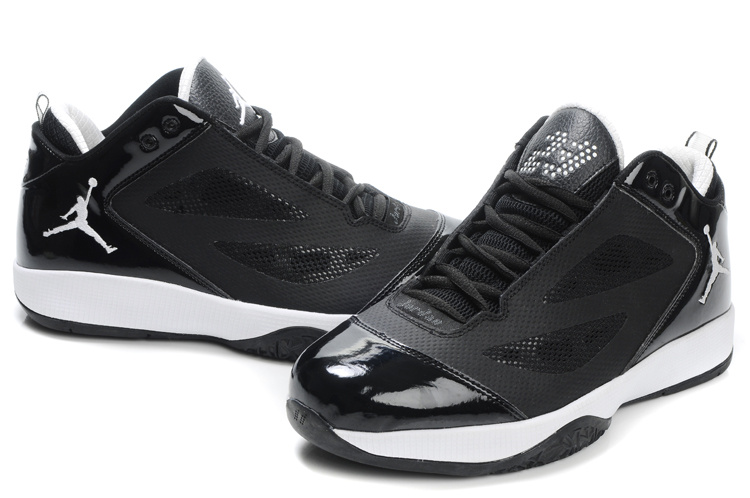 Air Jordan Quick Fuse Black White Logo