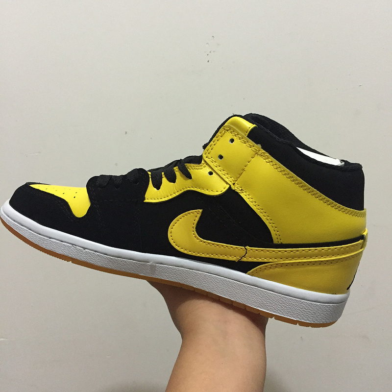 Air Jordan 1 Black Yellow Shoes